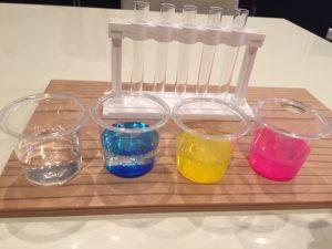 色水を作る